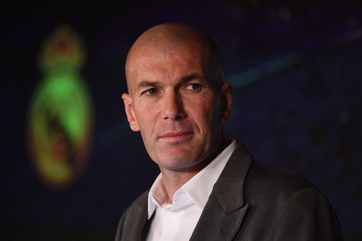 real-madrid-unveil-new-manager-zinedine-zidane-5c86baec399f6abfd4000001.jpg