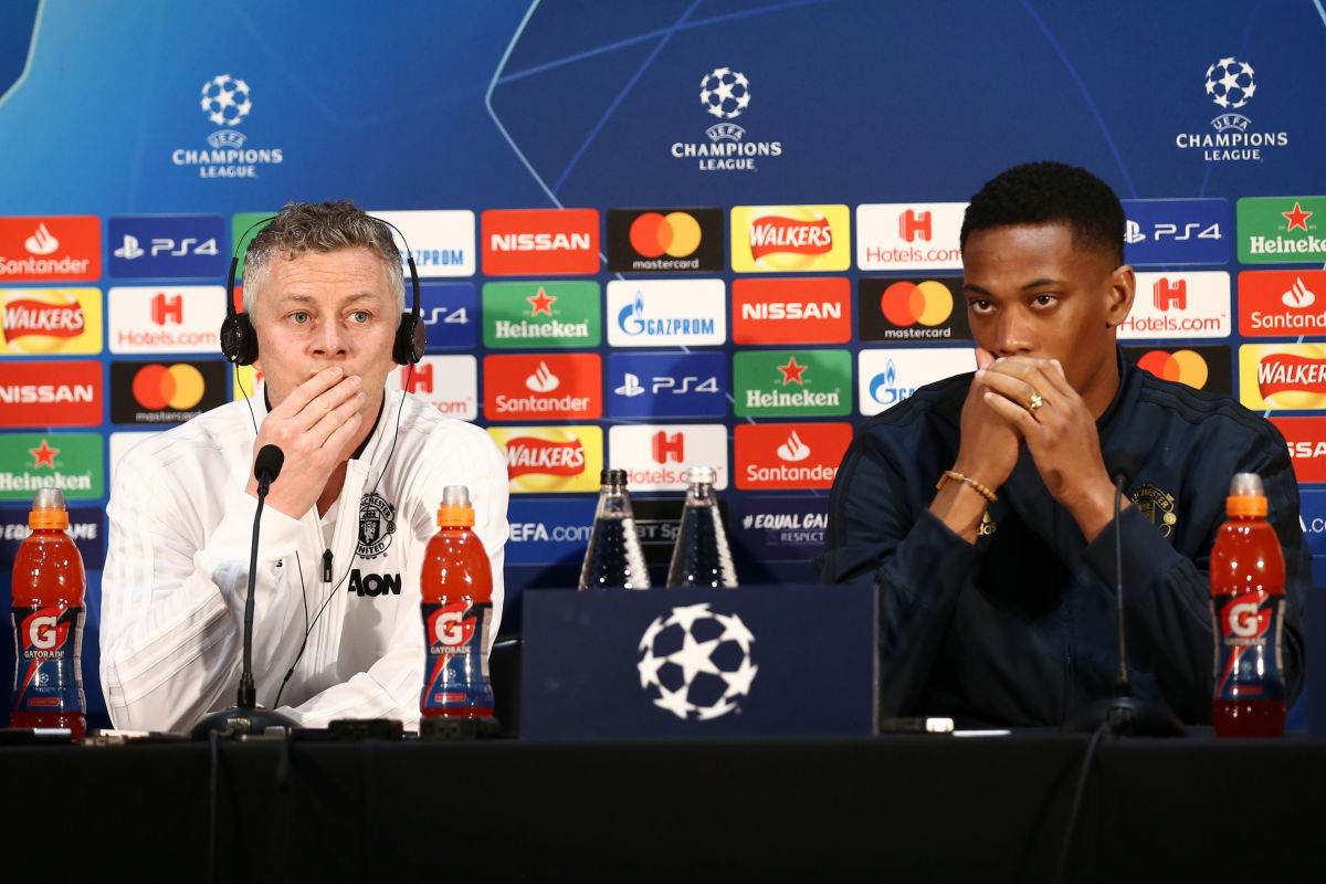 manchester-united-training-and-press-conference-5cd1575f52523fa50b000001.jpg