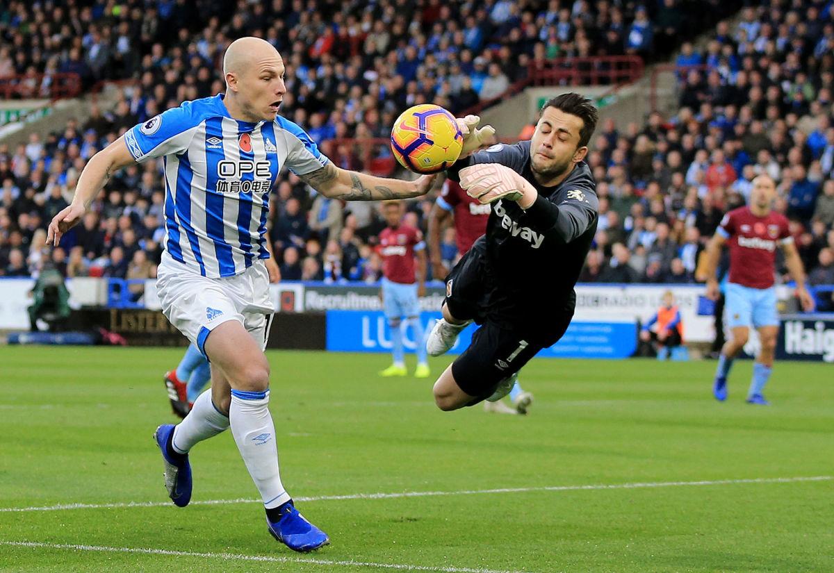 huddersfield-town-v-west-ham-united-premier-league-5c86374bb8a68535ad000002.jpg