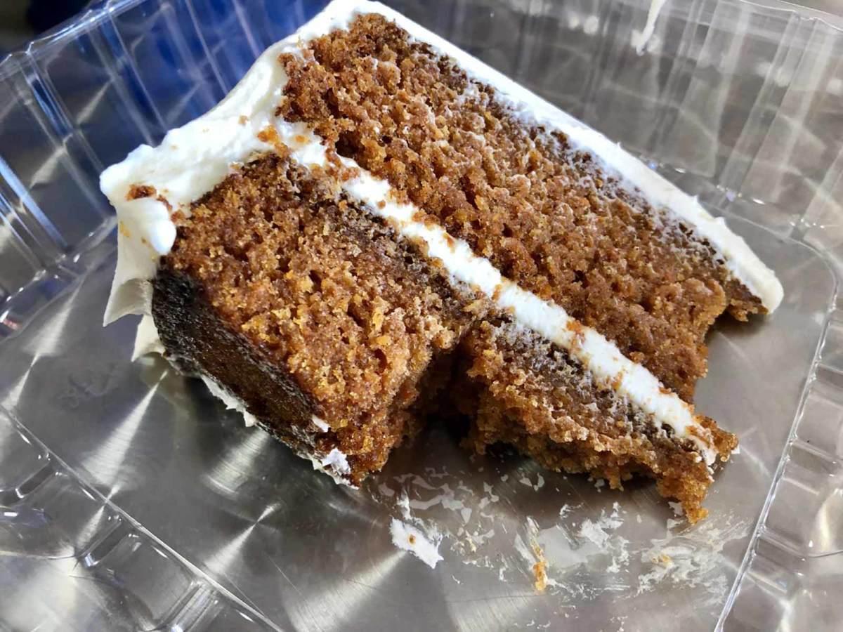 hangry-als-carrot-cake.jpg