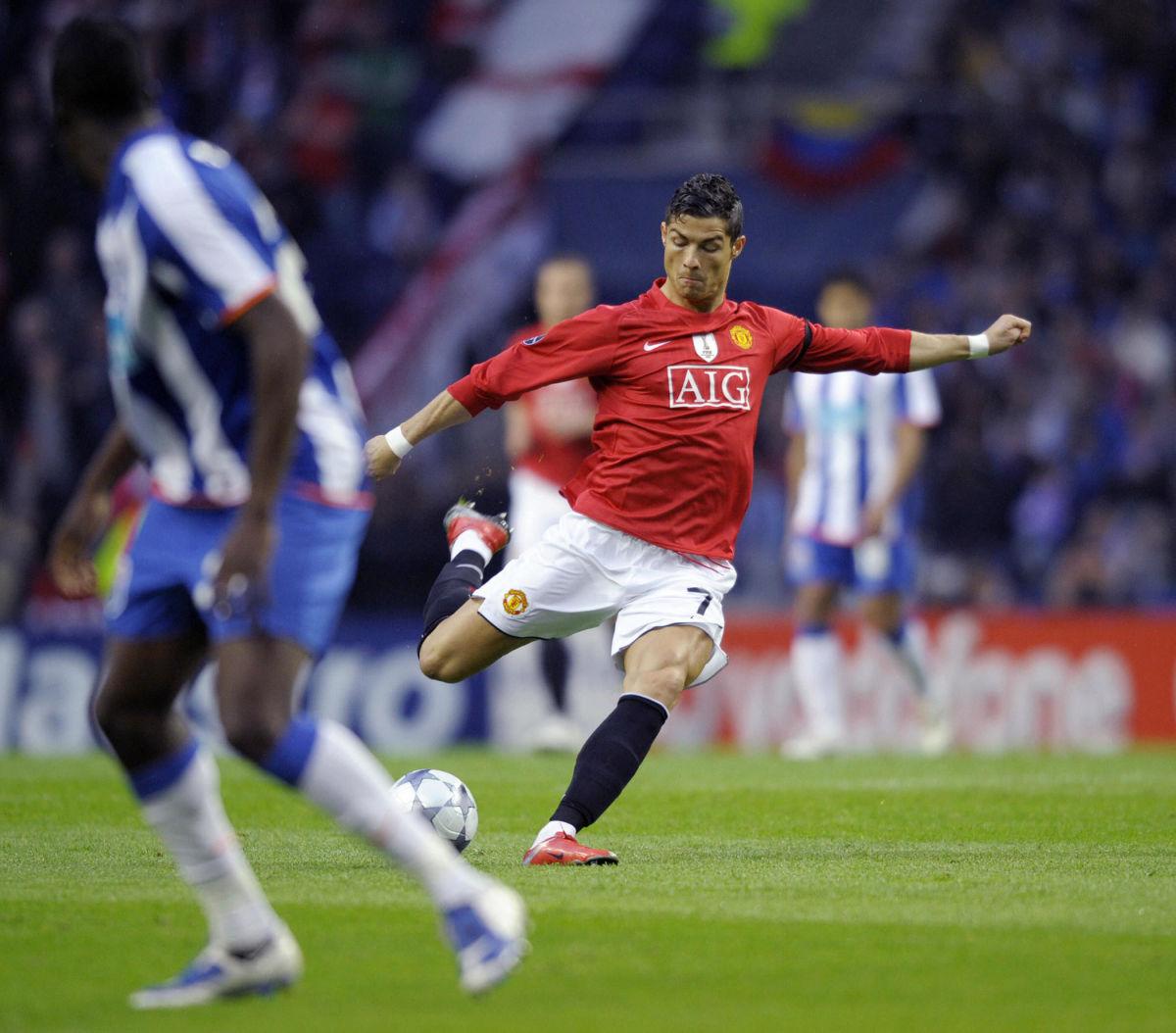 manchester-united-s-portuguese-player-cr-5d8b1ee8ac358a21b5000001.jpg
