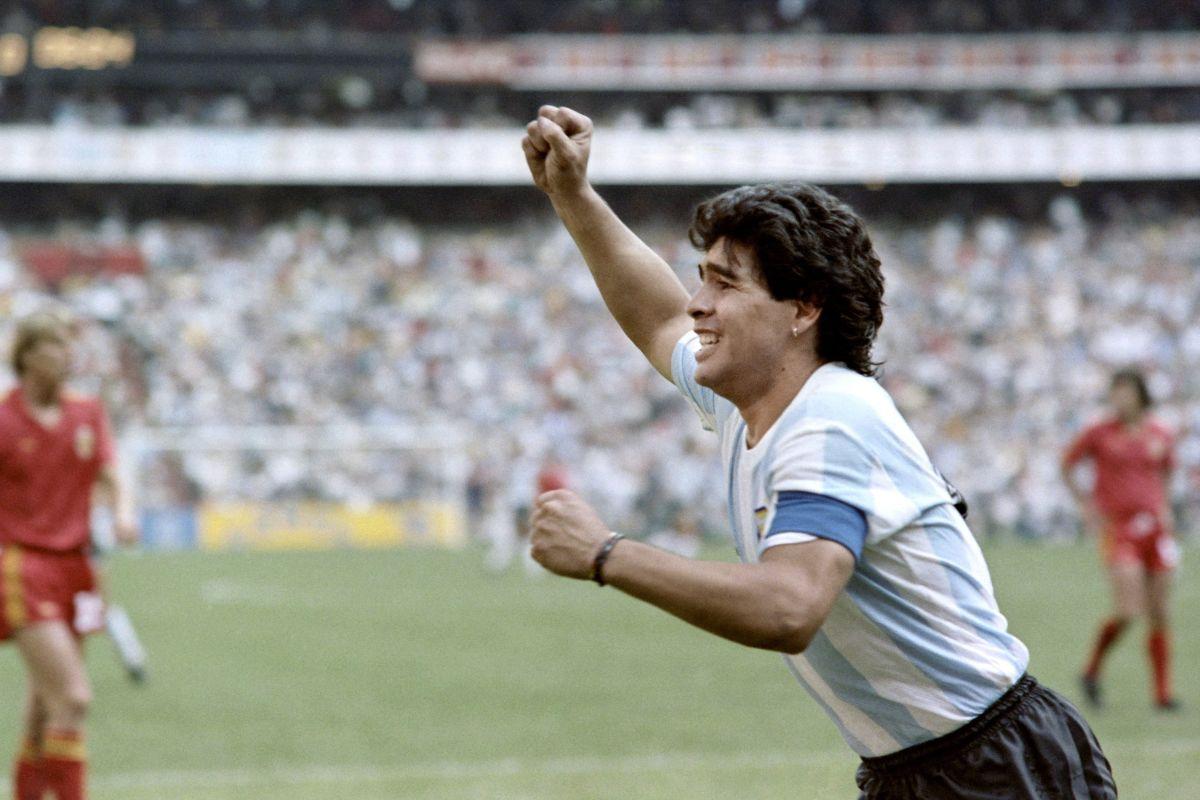 world-cup-1986-arg-belg-maradona-5d1398e5c8a4a7b01c00000b.jpg