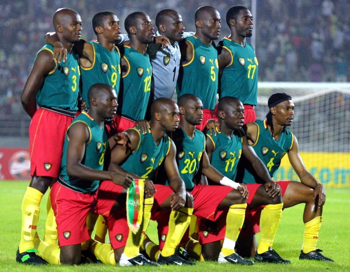 the-cameroon-national-soccer-team-top-from-l-5d137618f052e0e03f000001.jpg
