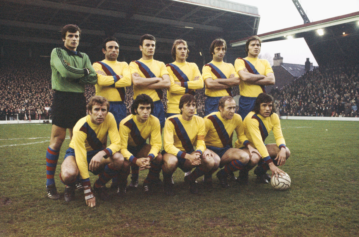 barcelona-v-liverpool-uefa-cup-semi-final-2nd-leg-1976-5d1394e6c8a4a729f8000001.jpg