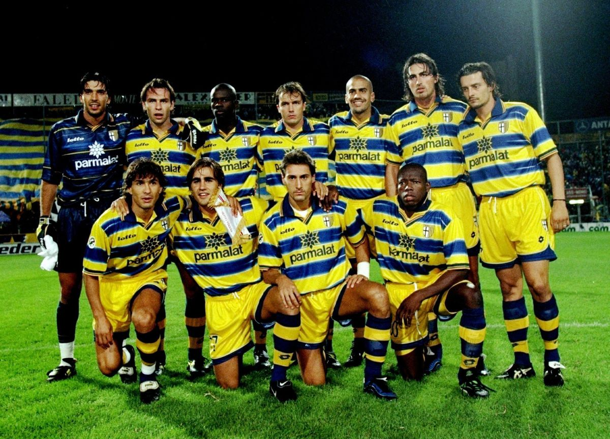 the-parma-team-pose-for-a-group-shot-5d138ca13495b2c919000001.jpg