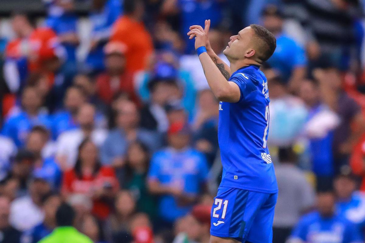 cruz-azul-v-toluca-torneo-apertura-2019-liga-mx-5d3e3af036e0d04456000001.jpg
