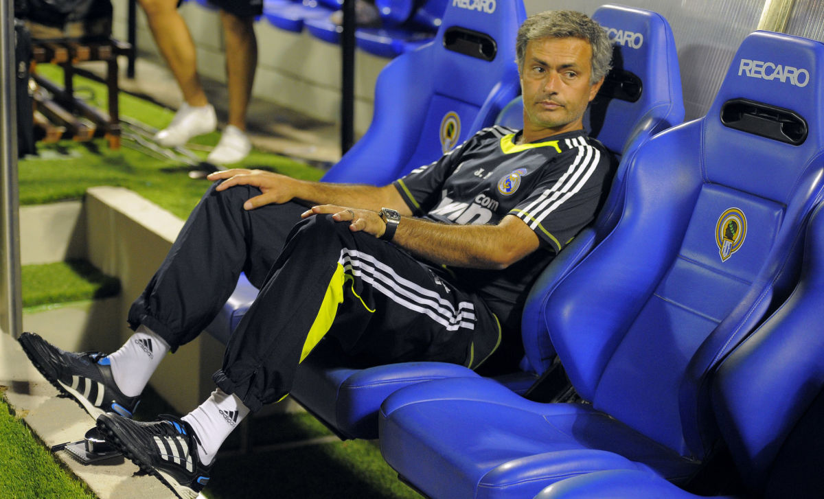 real-madrid-s-coach-jose-mourinho-watche-5c3778cee495e291c8000004.jpg