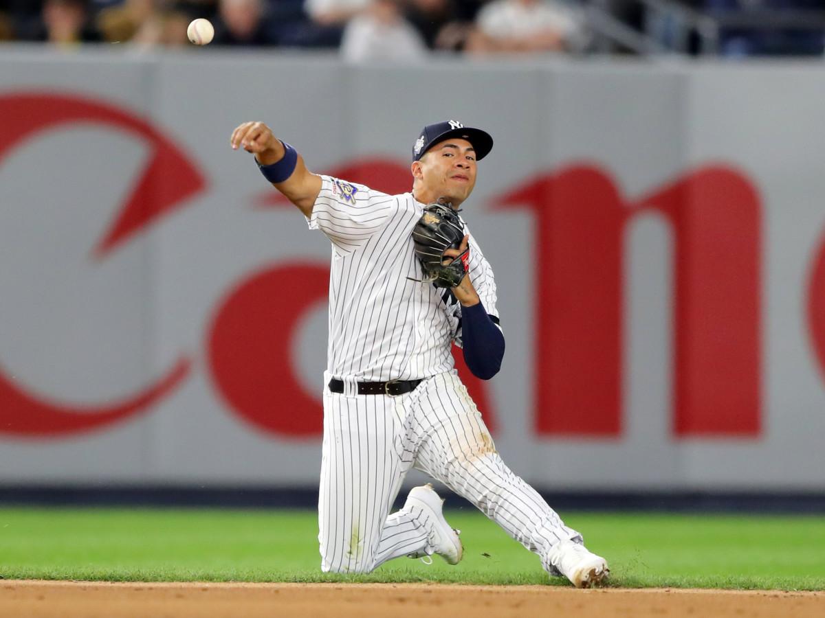 gleyber-torres-shortstop-yankees-injuries-roundup.jpg