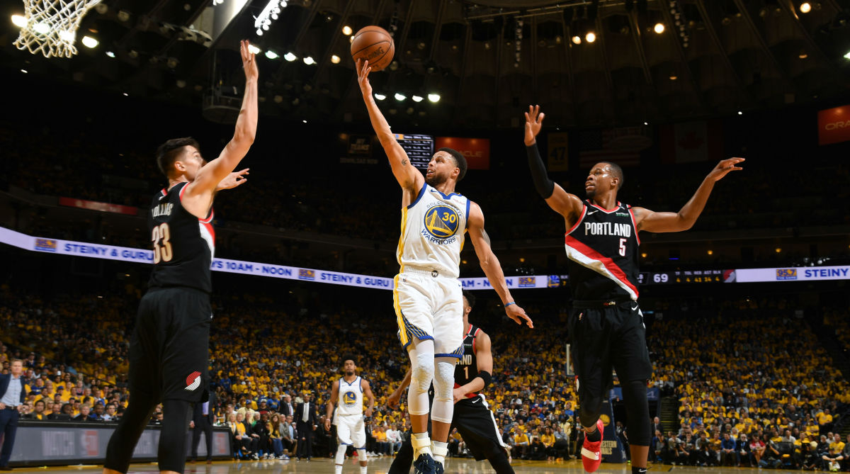 Stephen Curry, Warriors Pick-and-Roll Blazers to Game 1 Death