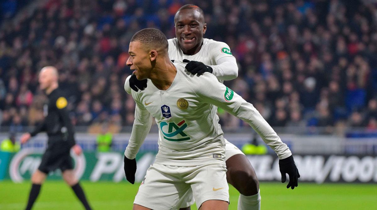 Cavani finally on target as PSG tame Lyon  |Psg- Lyon