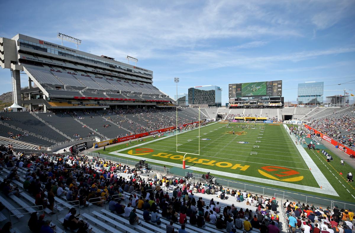 aaf-empty-stadium-hotshots-0324.jpg