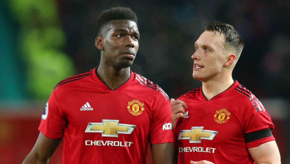 Paul Pogba Seen Limping After Man Utd's 2-2 Draw With ...