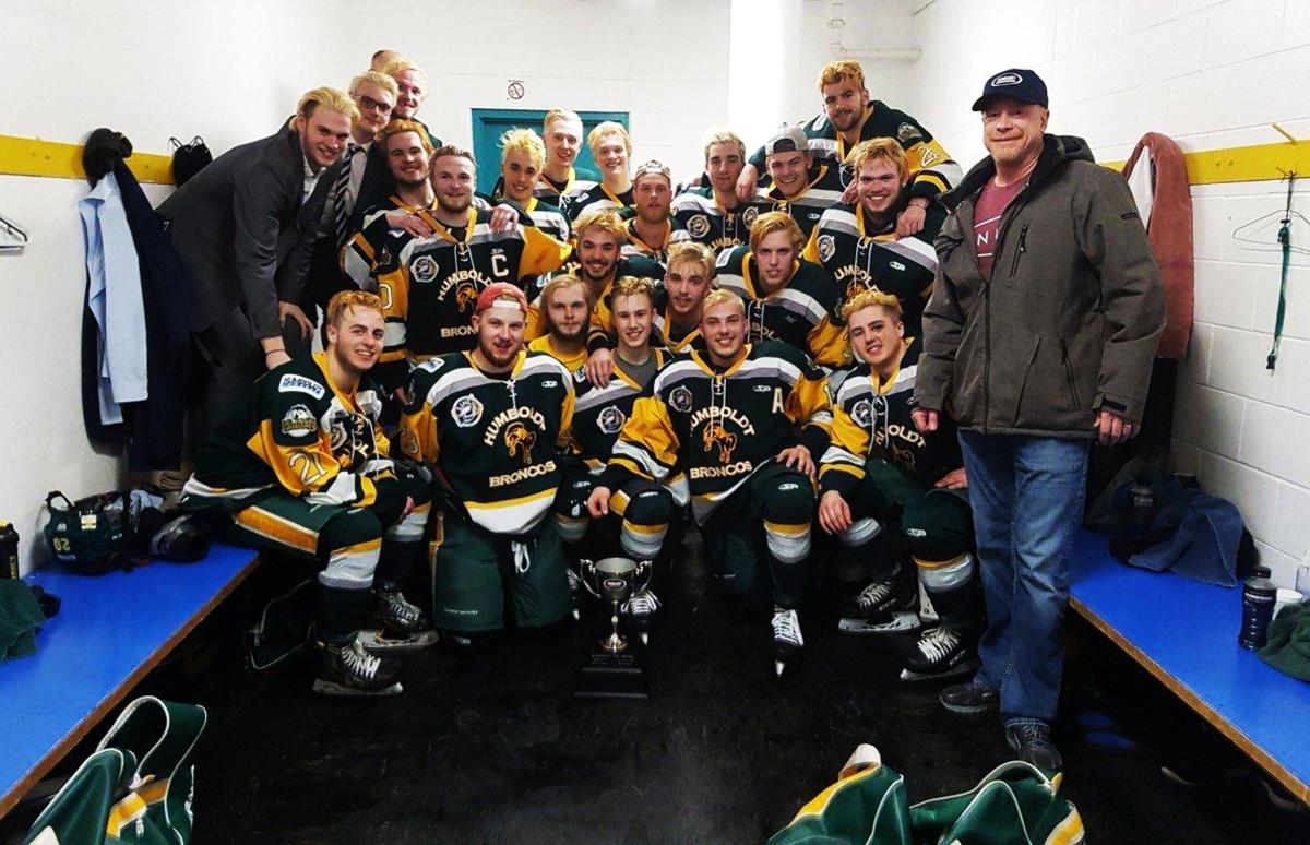 humboldt-hockey-group-photo-boulet-family.jpg