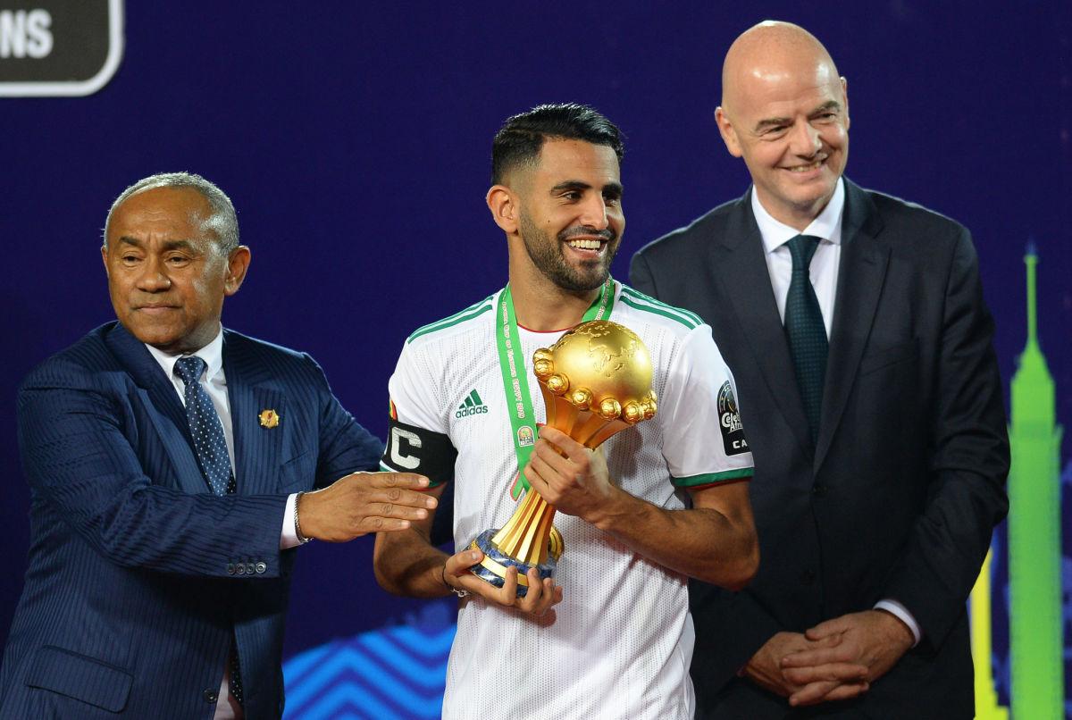 fbl-afr-2019-match52-sen-alg-5d3d977636e0d07692000001.jpg