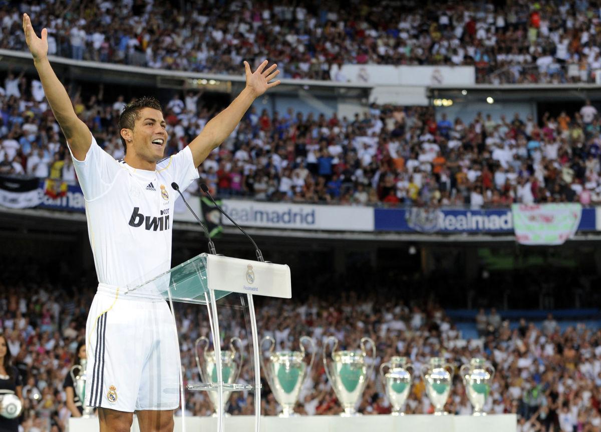 real-madrid-s-new-player-portuguese-cris-5d0ea9bb6659bda6e1000001.jpg