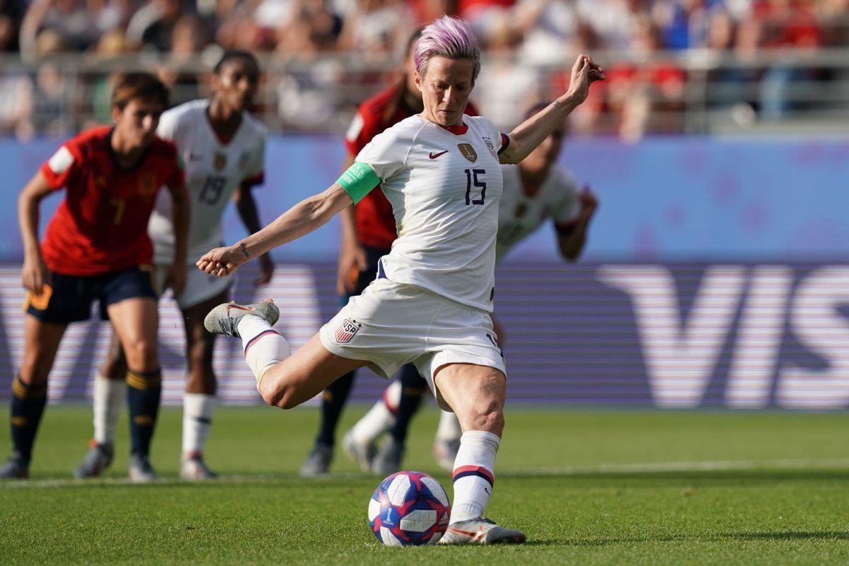 topshot-fbl-wc-2019-women-match41-esp-usa-5d163f64aef03bf17a000001.jpg