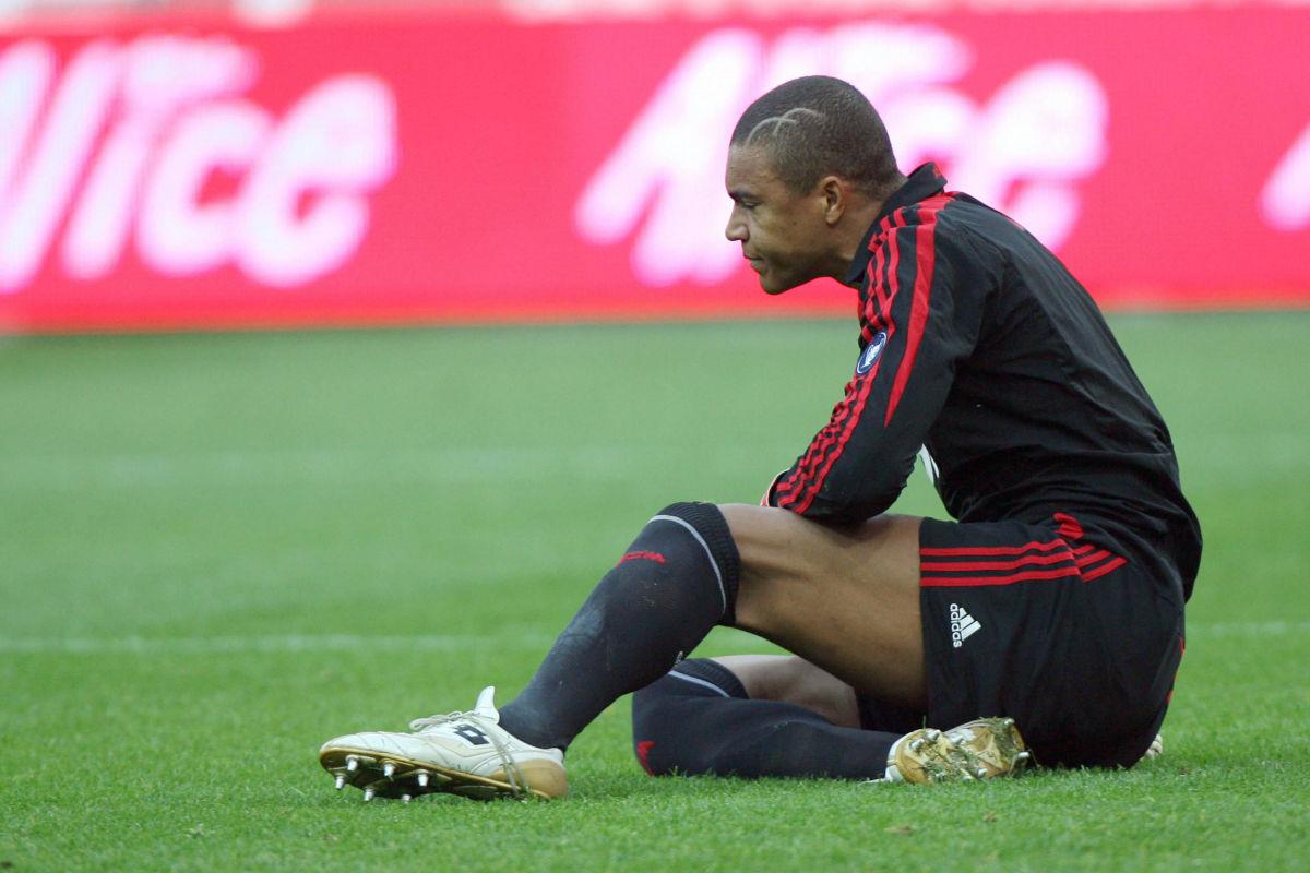 a-c-milan-s-brazilian-goalkeeper-dida-ne-5d48156877efd895ef000001.jpg