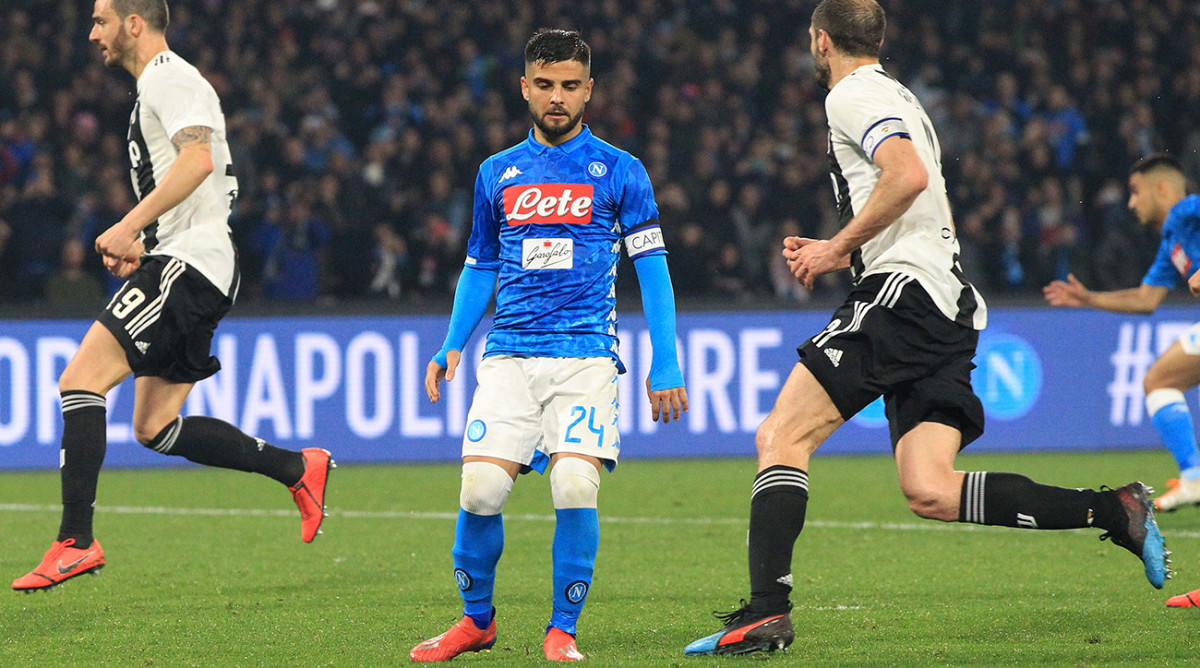 Lorenzo Insigne Misses Game-Tying Penalty for Napoli as Juventus Goes 16 Points Clear
