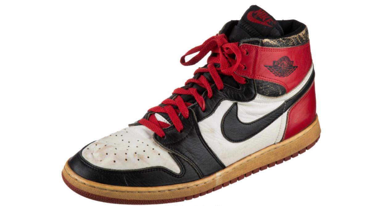 jordan-game-worn-sneaker.jpg