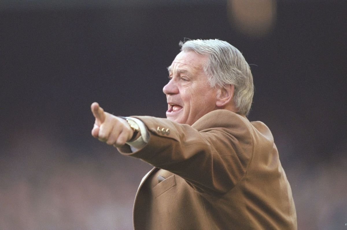 bobby-robson-manager-of-barcelona-5d5b0a2345908a3235000001.jpg