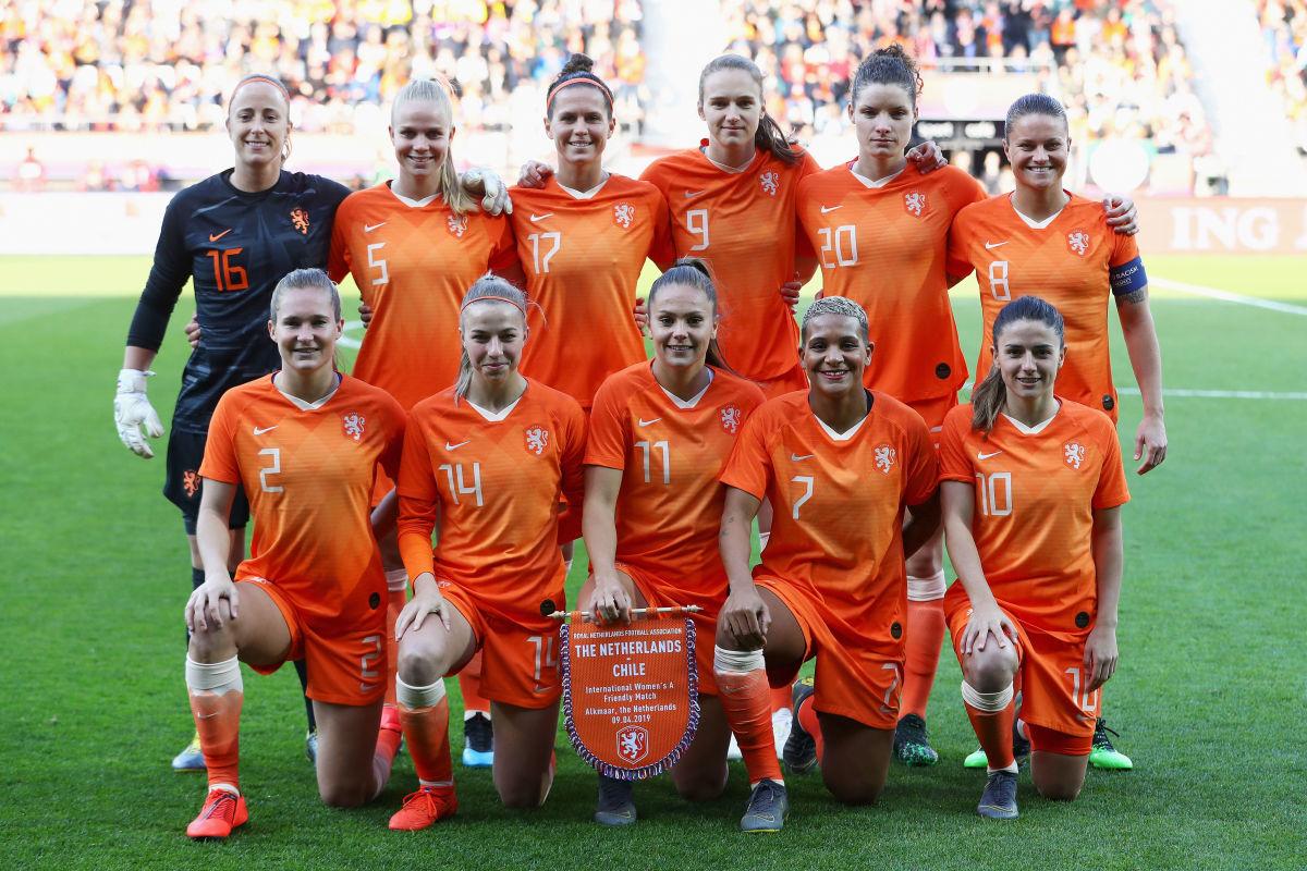 netherlands-women-v-chile-women-international-friendly-5cee655286faeb56bd000002.jpg