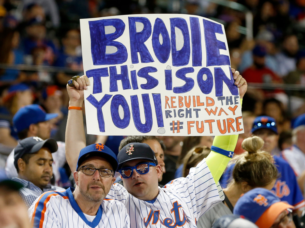 bvw-sign-mets-syndergaard.jpg