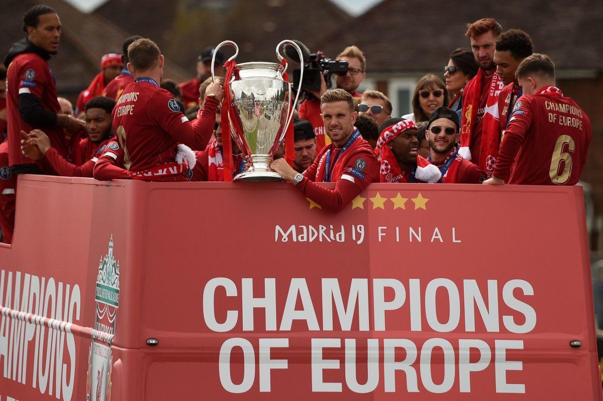 fbl-eur-c1-eng-liverpool-trophy-parade-5d18a5b8aef03b05c0000001.jpg