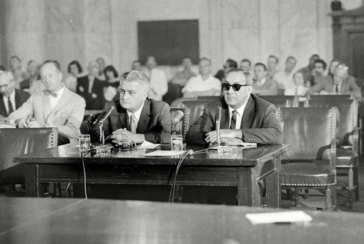 Accardo (right) testified before the Senate in 1958.