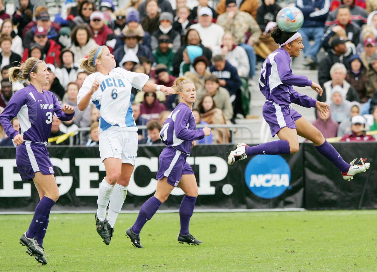 ncaa-women-s-soccer-division-i-championship-ucla-bruins-vs-portland-pilots-december-4-2005-5d27101468d609884c000001.jpg