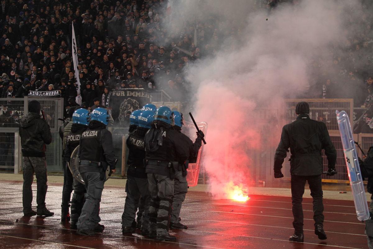 ss-lazio-v-eintracht-frankfurt-uefa-europa-league-group-h-5c7fd216a67cca5c09000001.jpg