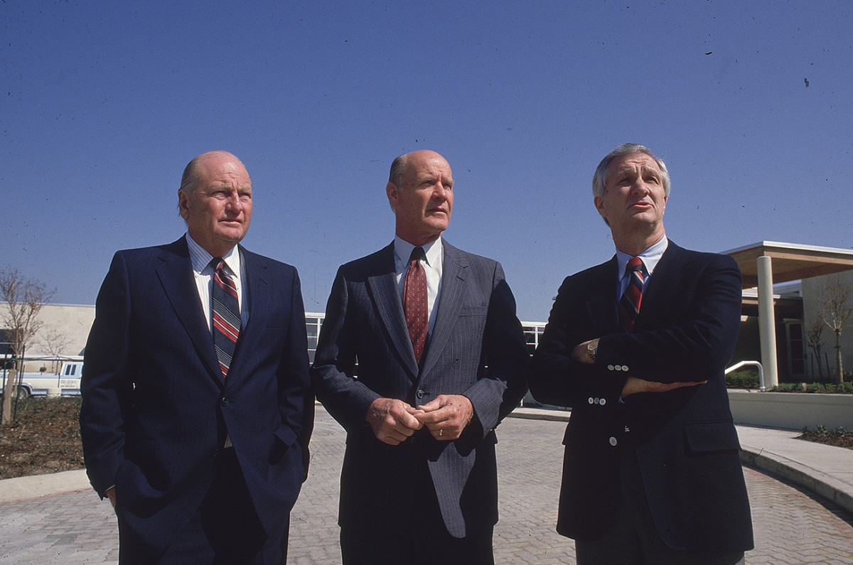 From left to right: Tex Schramm, Tom Landry and Gil Brandt.
