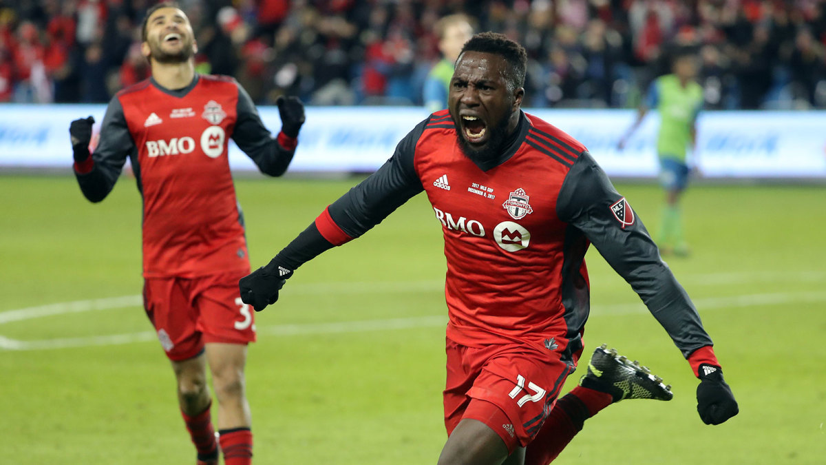 Jozy Altidore scores in MLS Cup 2017