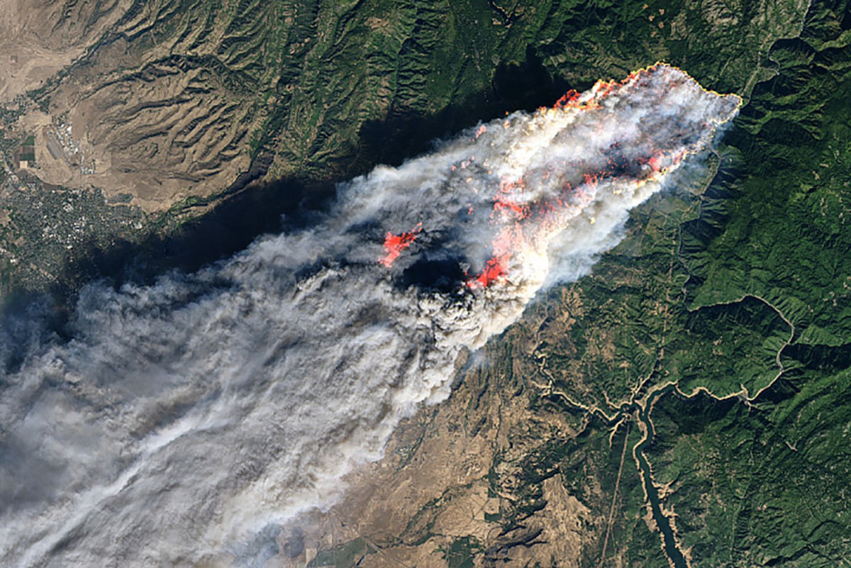 A satellite image captured the devastating scope of the Camp Fire.