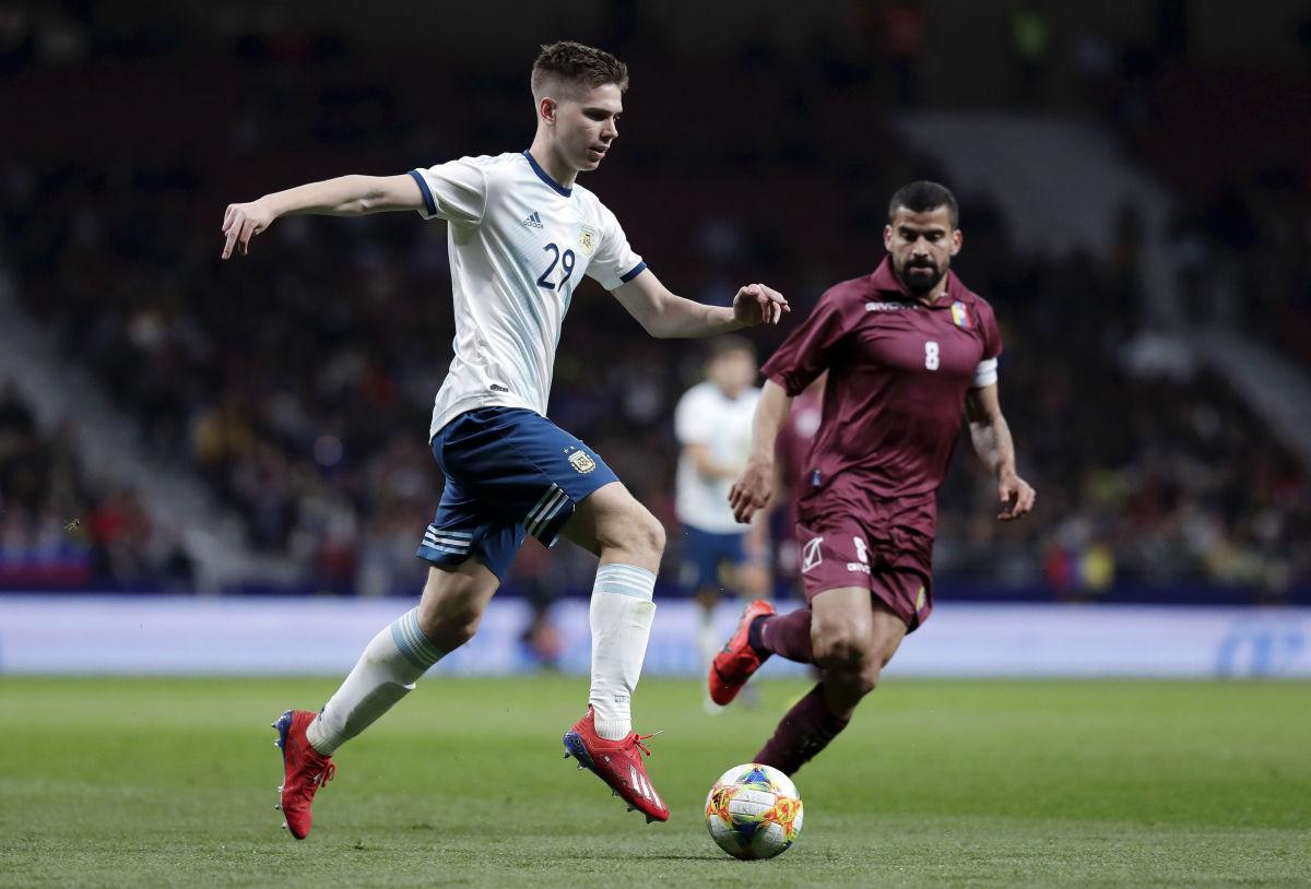 argentina-v-venezuela-international-friendly-5c9ad08e51e8ab515d000003.jpg