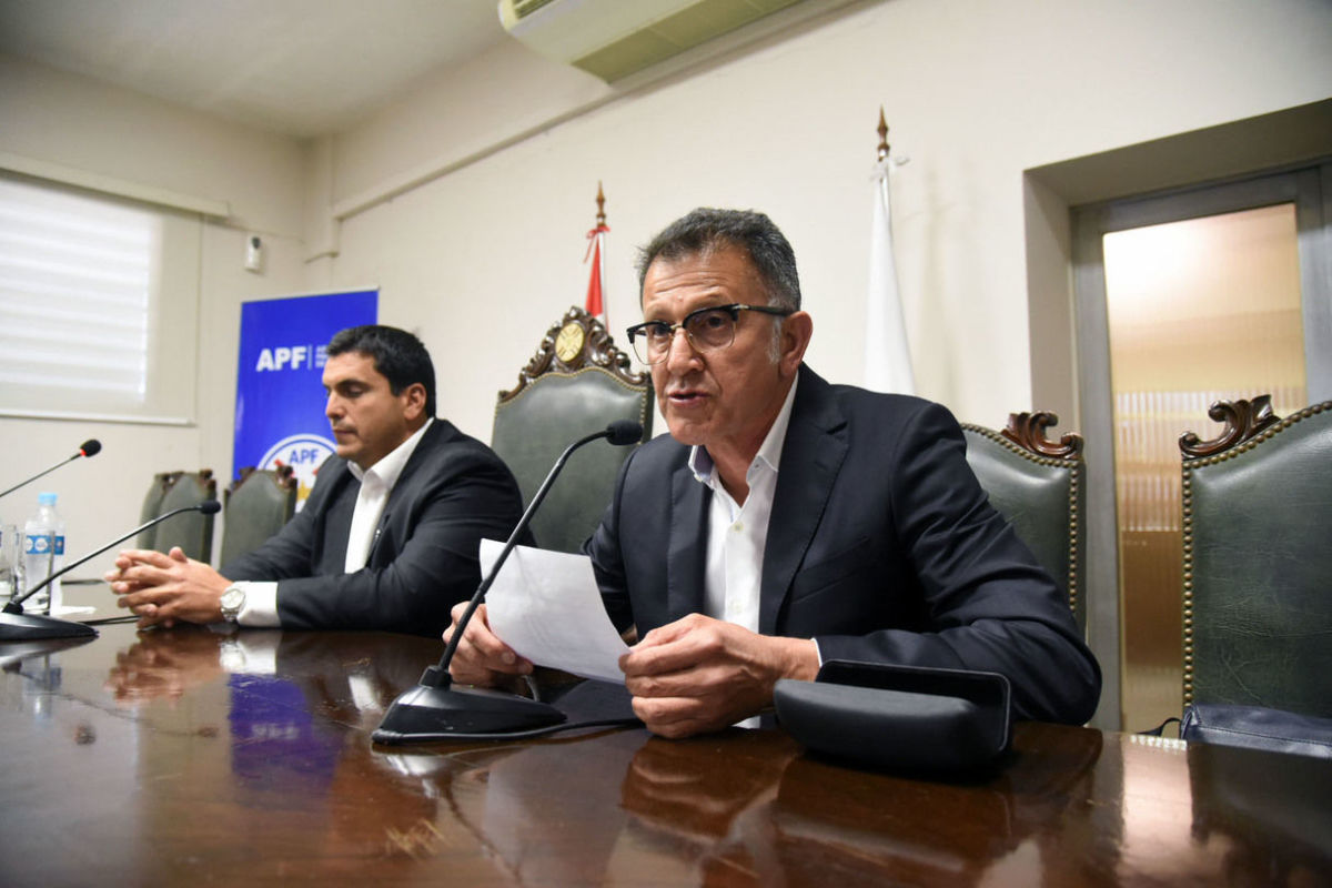 fbl-paraguay-osorio-resignation-5c6c05074f228cc163000001.jpg