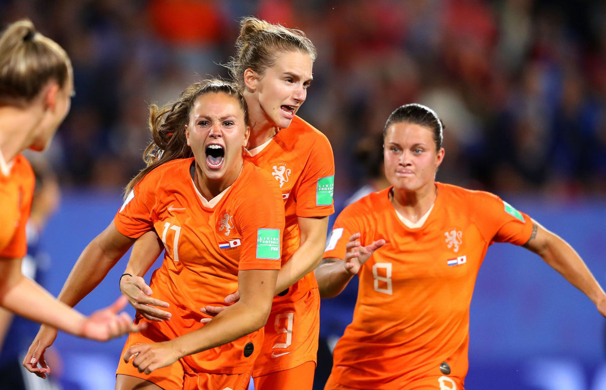 netherlands-v-japan-round-of-16-2019-fifa-women-s-world-cup-france-5d128c0791de109f23000001.jpg