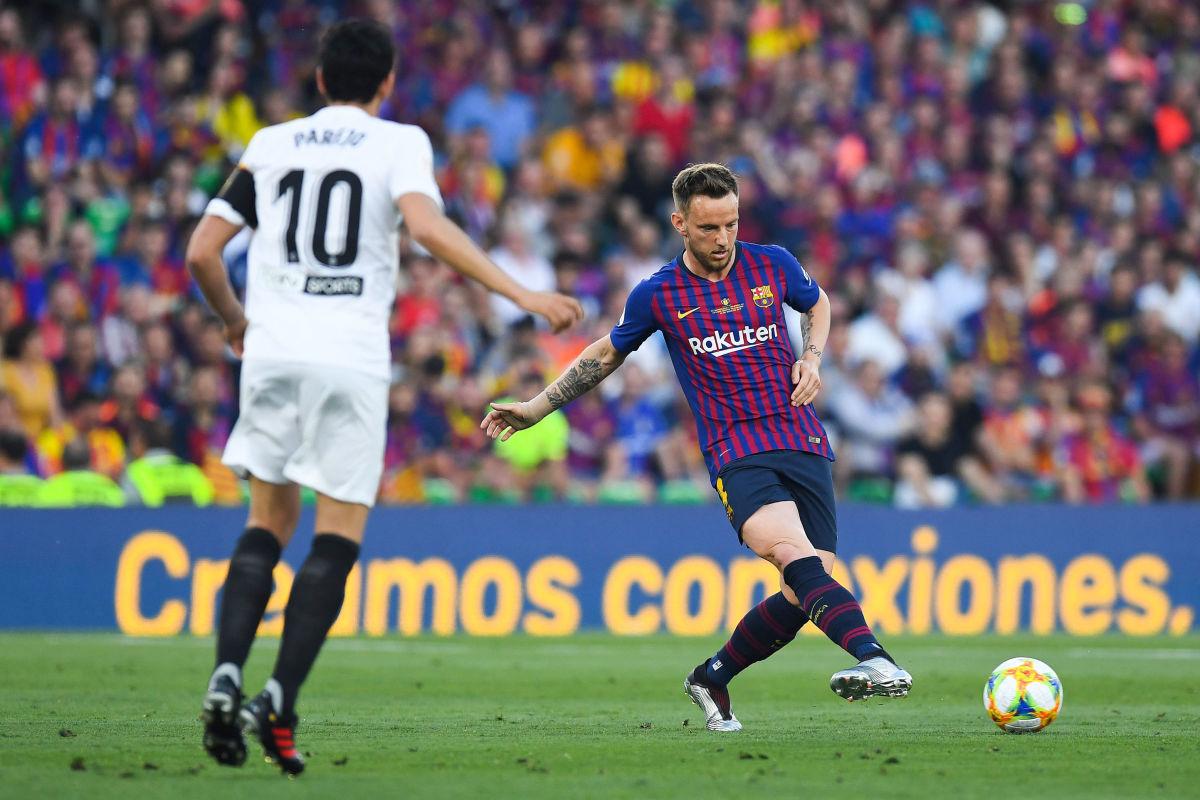barcelona-v-valencia-spanish-copa-del-rey-final-5d17319daca449413b000001.jpg