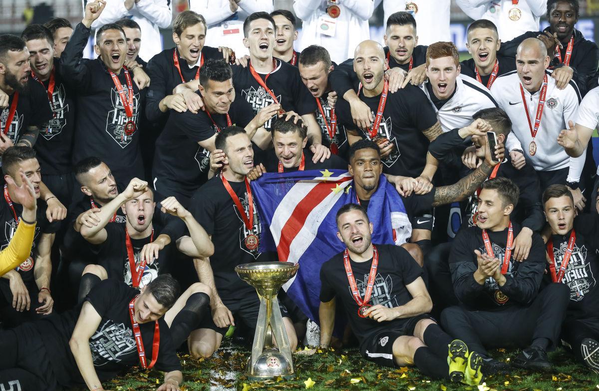 fk-crvena-zvezda-v-fk-partizan-serbian-cup-final-5d6934aa1eaa98e7e9000001.jpg