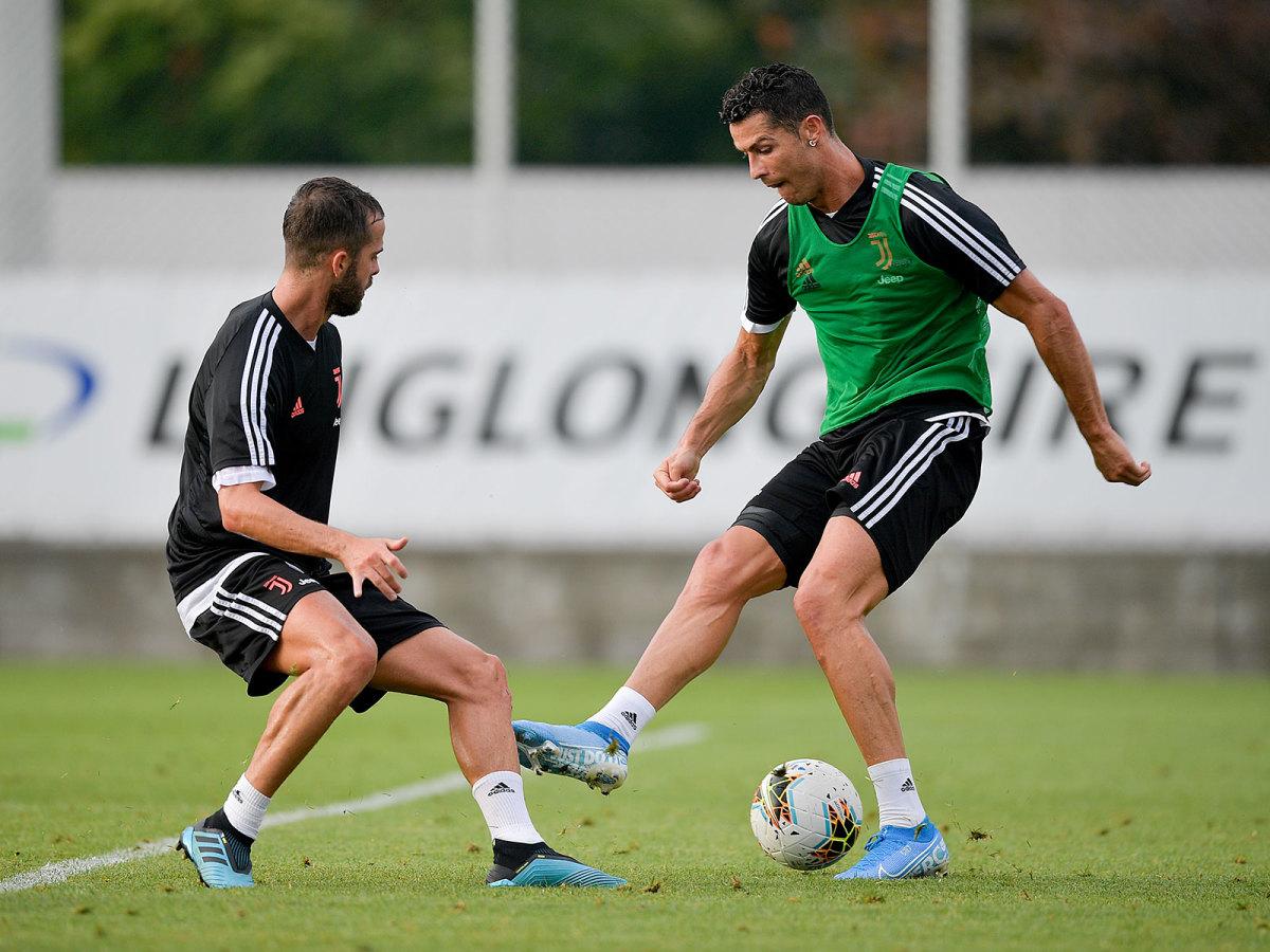 ronaldo-juventus-training-season.jpg