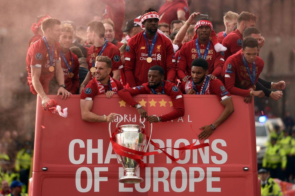fbl-eur-c1-eng-liverpool-trophy-parade-5d3dc065c34e2772b2000001.jpg