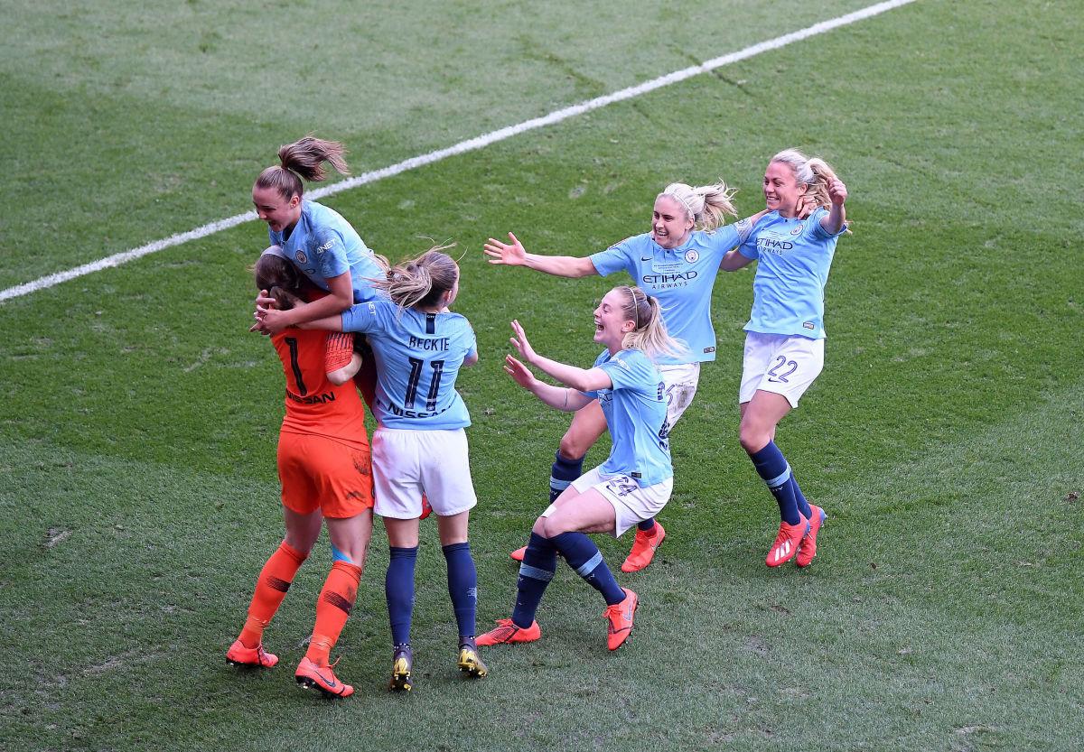 arsenal-v-manchester-city-women-fa-women-s-continental-league-cup-final-5c719d17dd4bc77d72000001.jpg