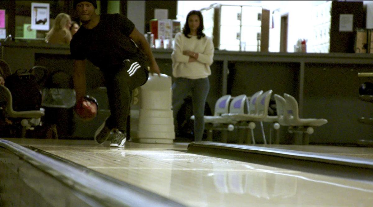 xavier-rhodes-6-bowling.jpg