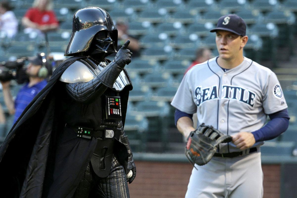 2014-0905-Logan-Morrison-Darth-Vader-Star-Wars.jpg