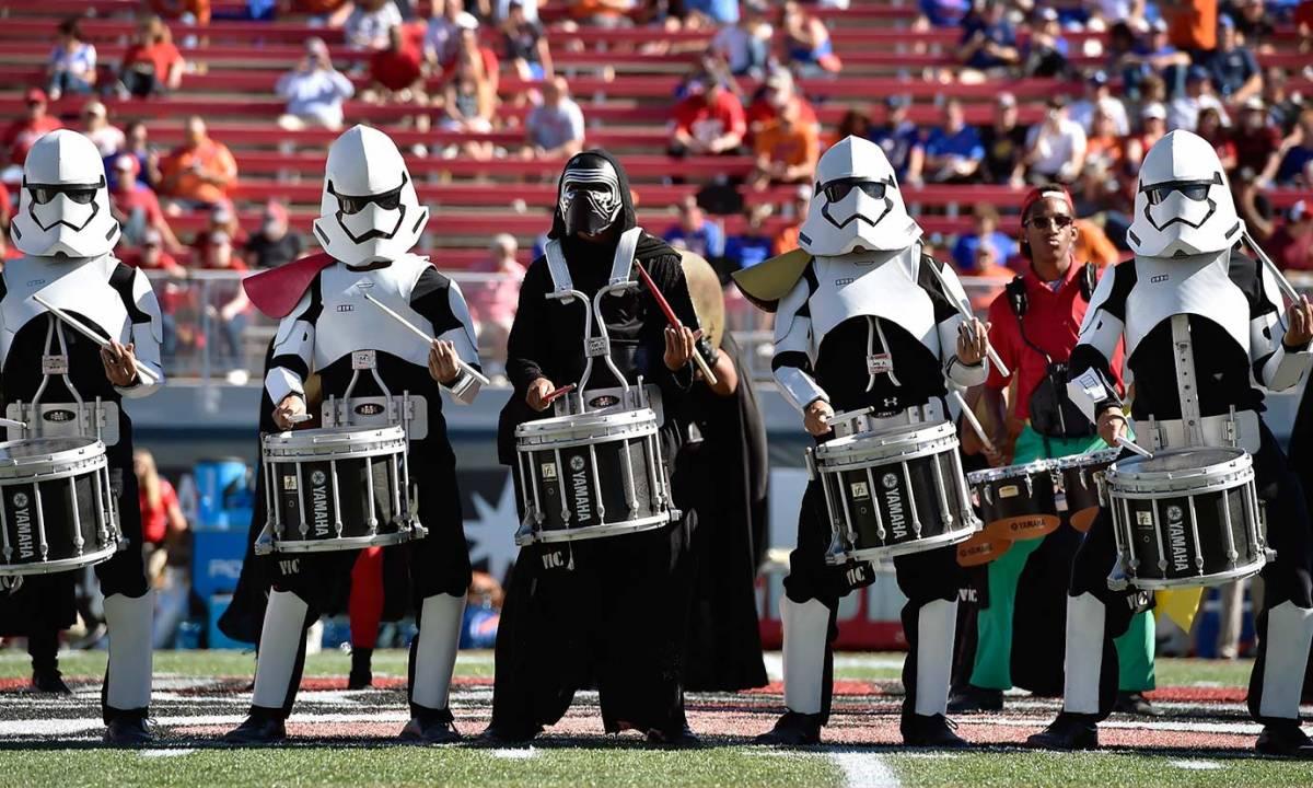 2015-1031-UNLV-Rebels-marching-band-Star-Wars.jpg
