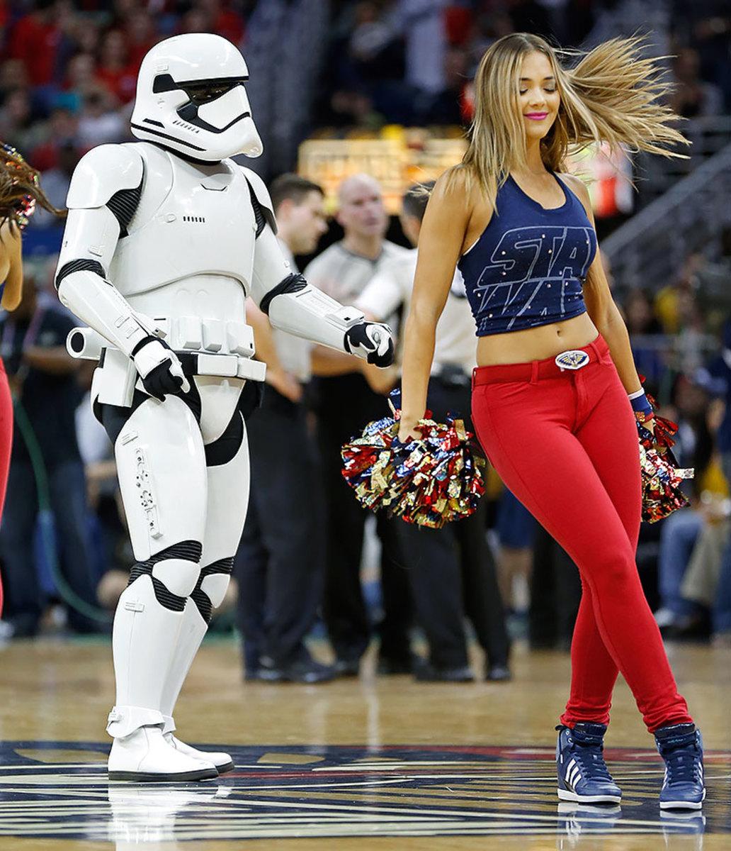 2015-1211-New-Orleans-Pelicans-dancers-Star-Wars-stormtrooper.jpg