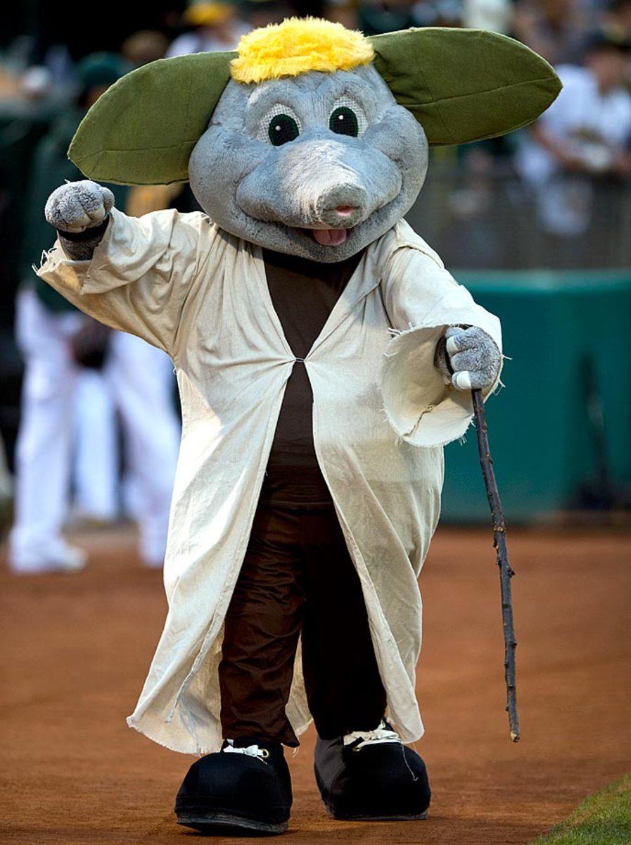 oakland-athletics-mascot-tumper-yoda.jpg
