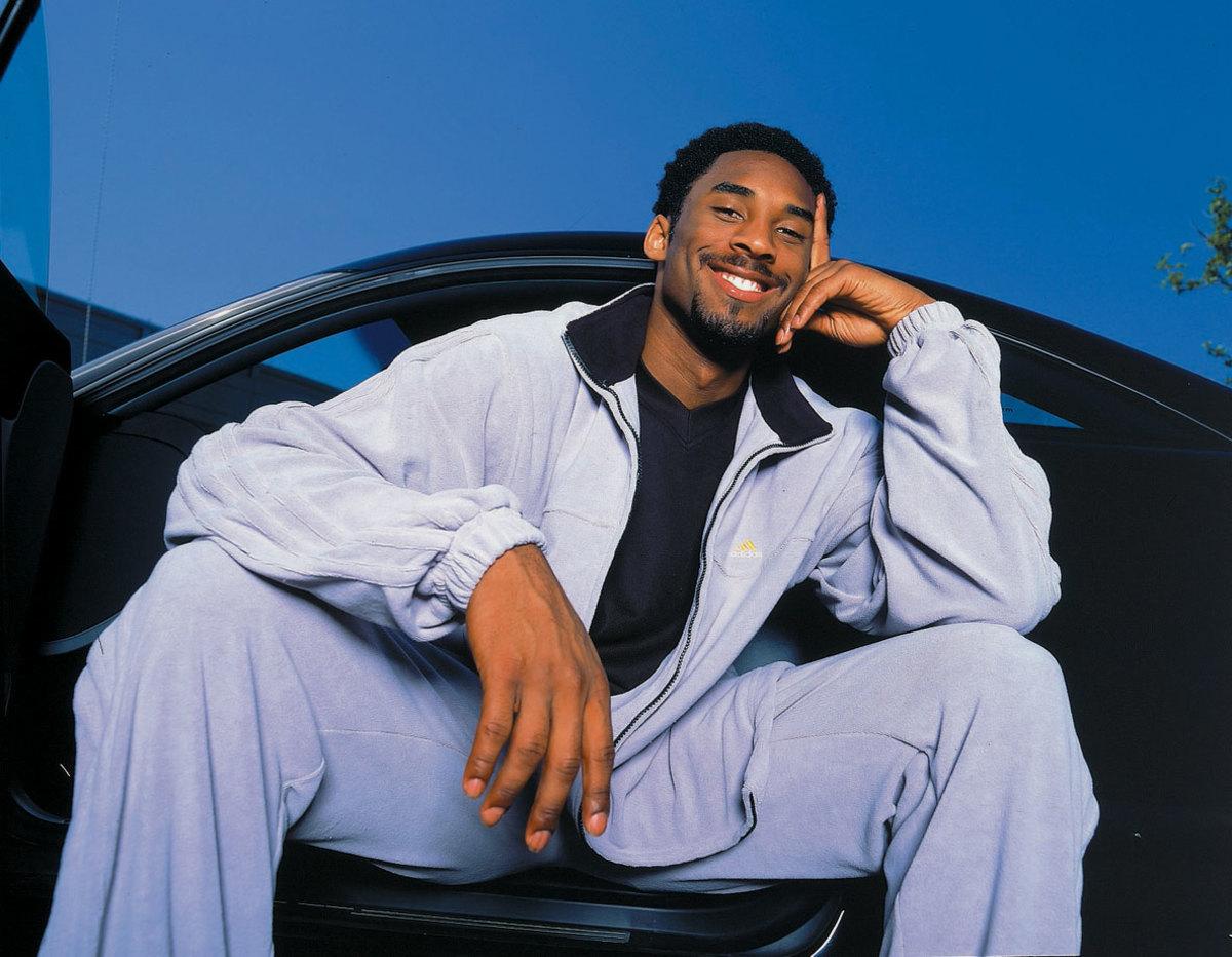2000-0411-Kobe-Bryant-pre05.jpg