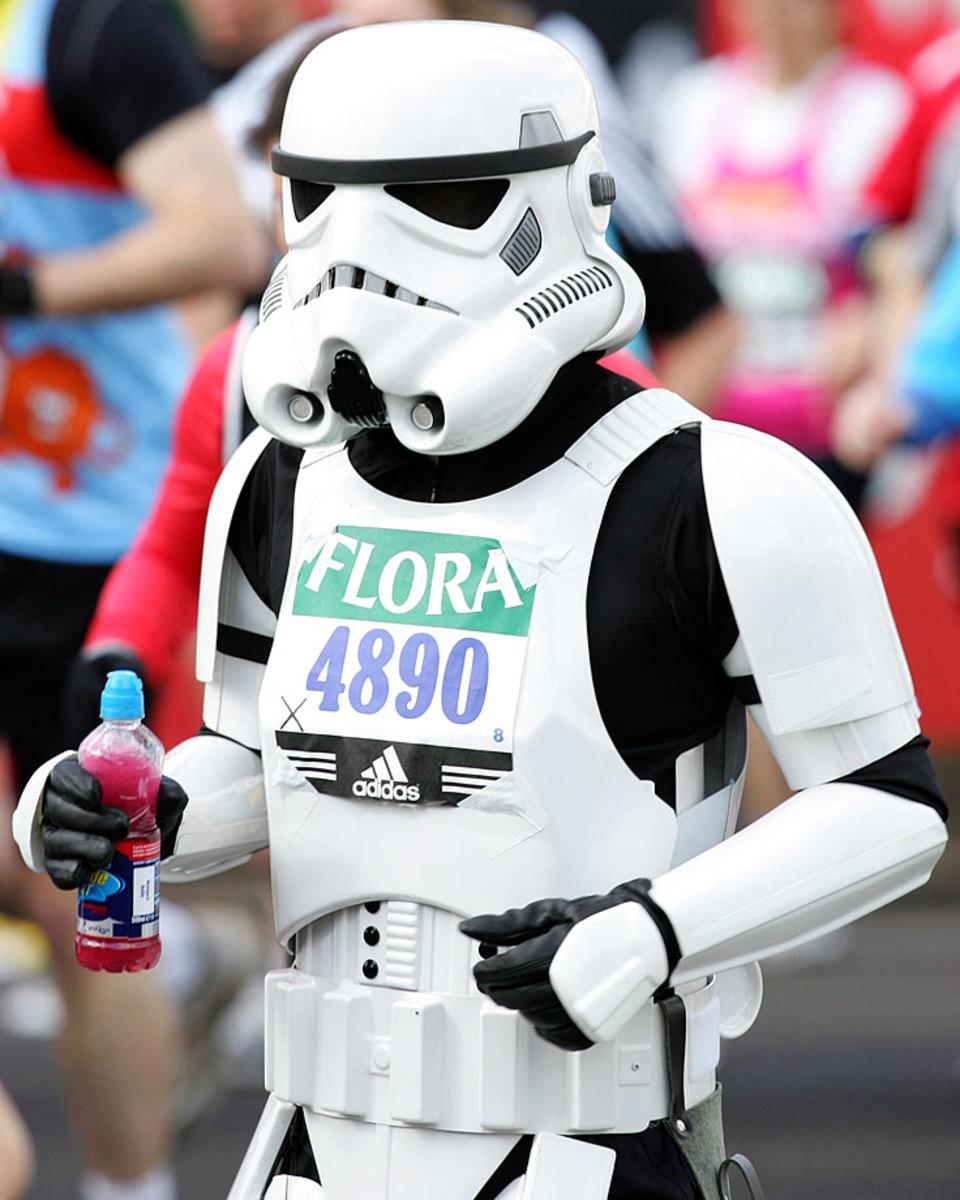 london-marathon-stormtrooper.jpg
