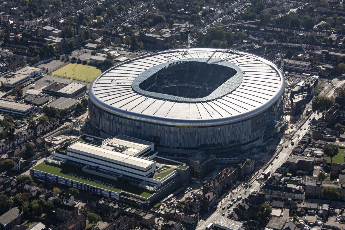 aerial-view-of-the-new-home-stadium-of-tottenham-hotspur-football-club-5bd96e89da3ee72f30000011.jpg