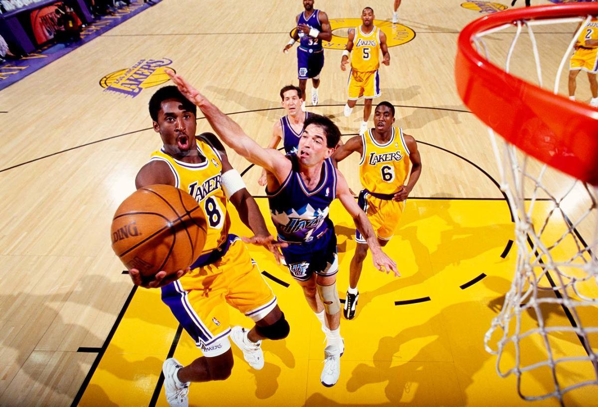 1998-0427-Kobe-Bryant-John-Stockton-079117362.jpg
